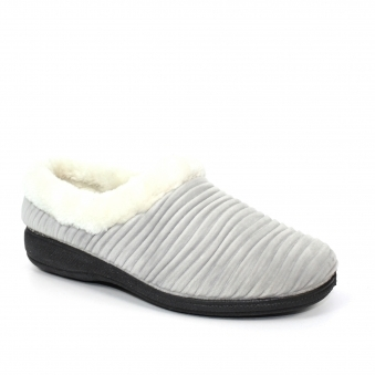 KLA122 Nellie Waved Mule Slipper