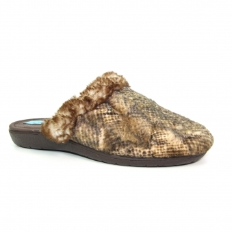 KLZ046 Cape Mule Slipper